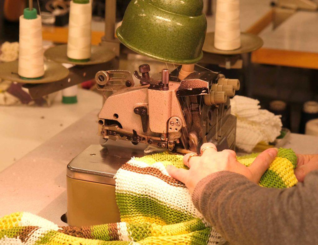 Fabriquant bonnetier de pulls et de tricots