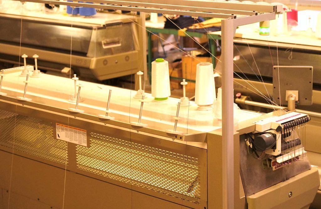 Des équipements modernes pour pulls et maille